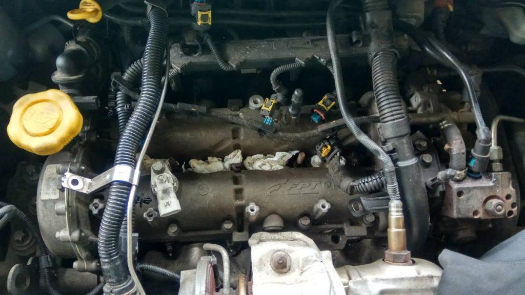Porlasztó kiszerelés opel 1.3 cdti motortere